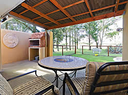 Magaliesburg Accommodation - Magaliesburg Self Catering accommodation - Blue Roan Farm